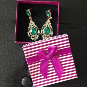 Women Earings in box